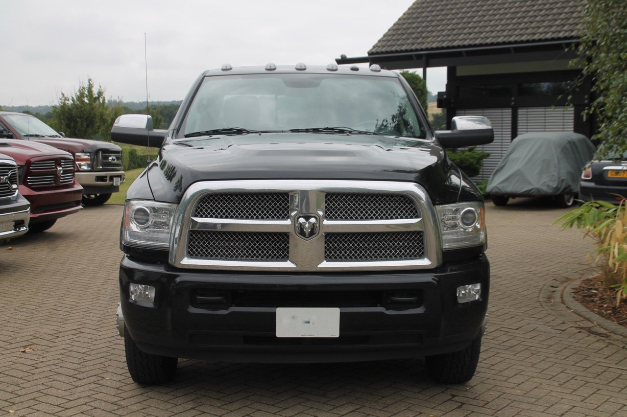 2014 dodge ram 3500 crew cab dually limited 4x4 diesel. Black Bedroom Furniture Sets. Home Design Ideas