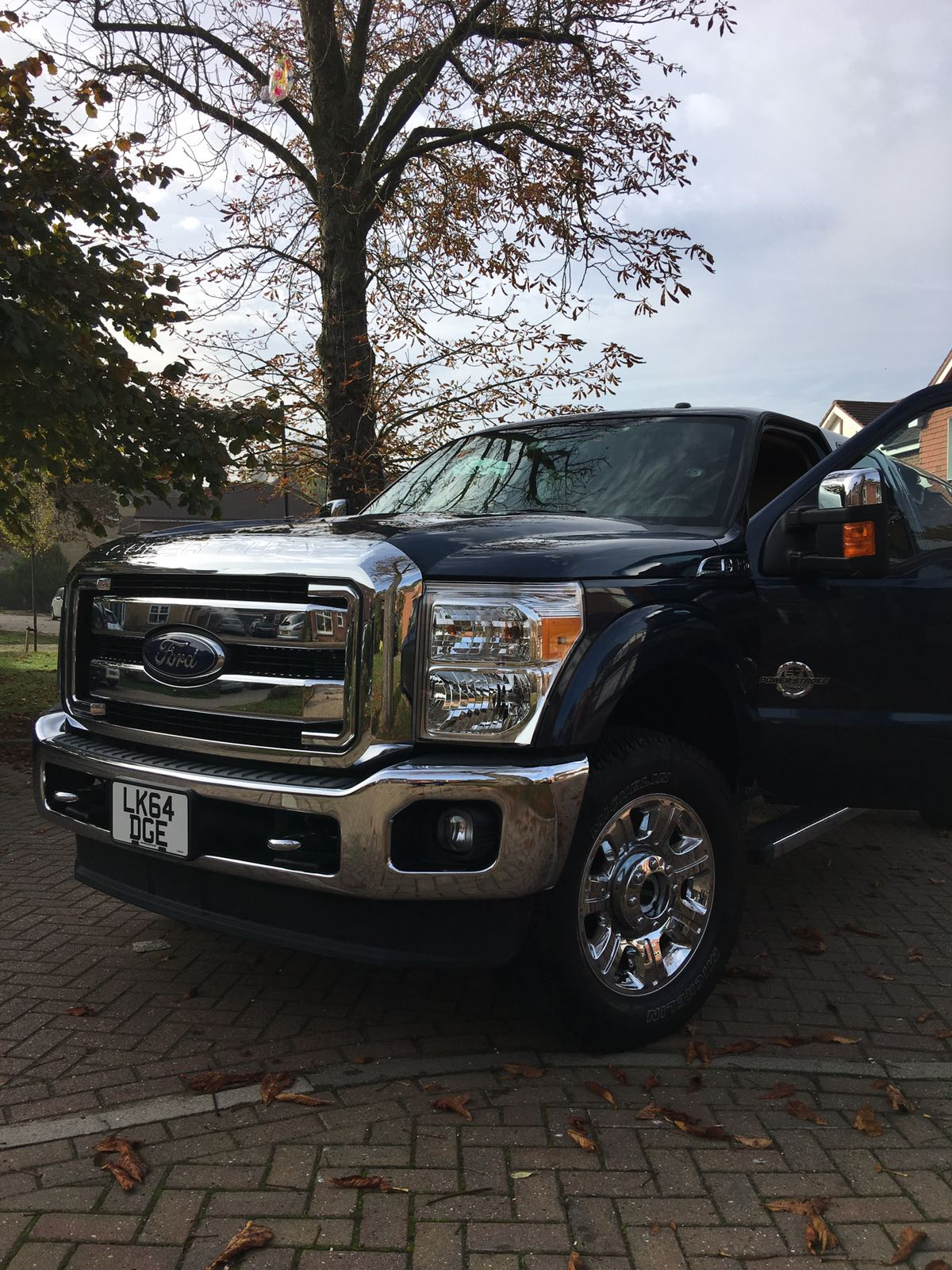 2014 ford f350 crew cab diesel 4x4 lariat 51st state autos. Black Bedroom Furniture Sets. Home Design Ideas